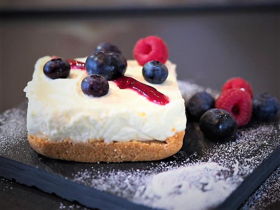 Mini Cheesecake al caprino e frutti rossi